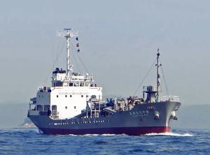 内航セメント運搬船