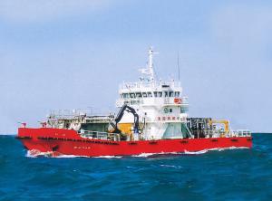 油回収兼海面清掃船